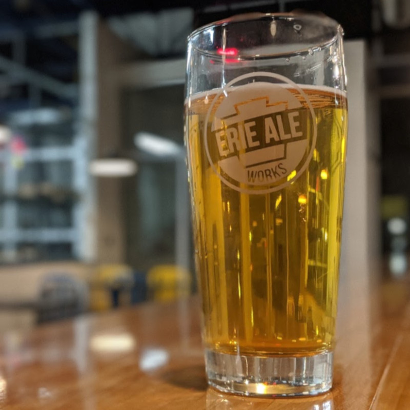 A Brewerie collab, this beer is clear and full of hindsight, hopped with American hops.